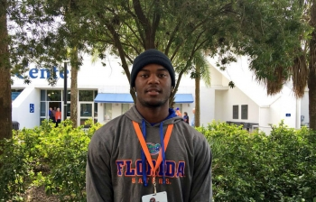 Florida Gators recruiting: Green building bonds with prospects