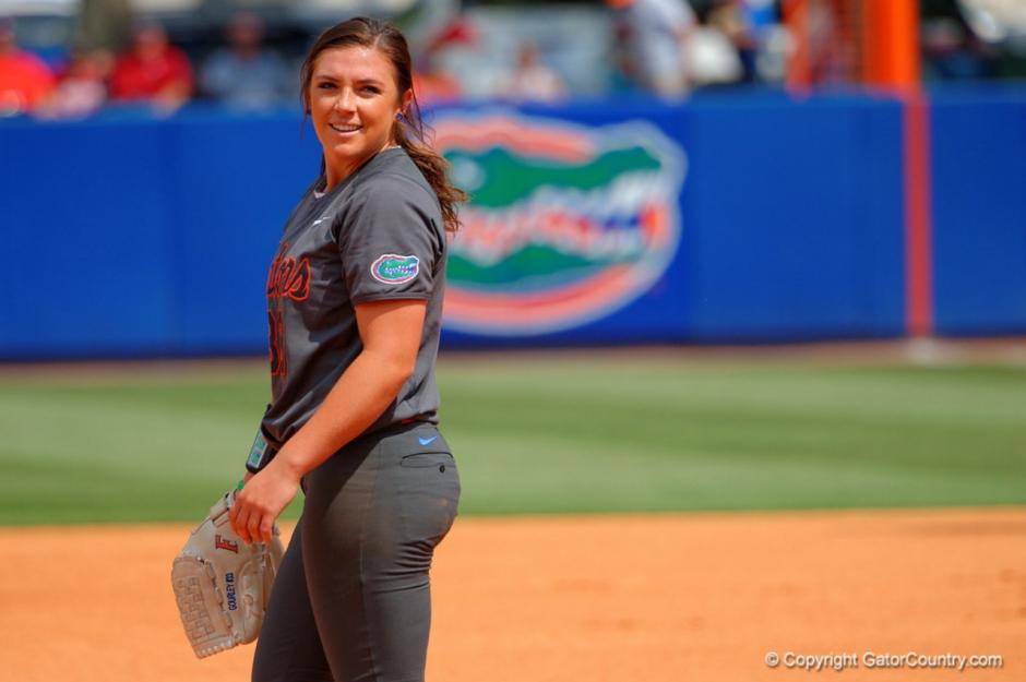 Florida Gators softball pitcher Delanie Gourley- 1280x851