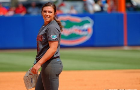Florida Gators softball wins series on senior day