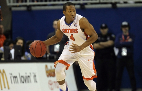 Florida Gators survive shooting woes to win in Athens