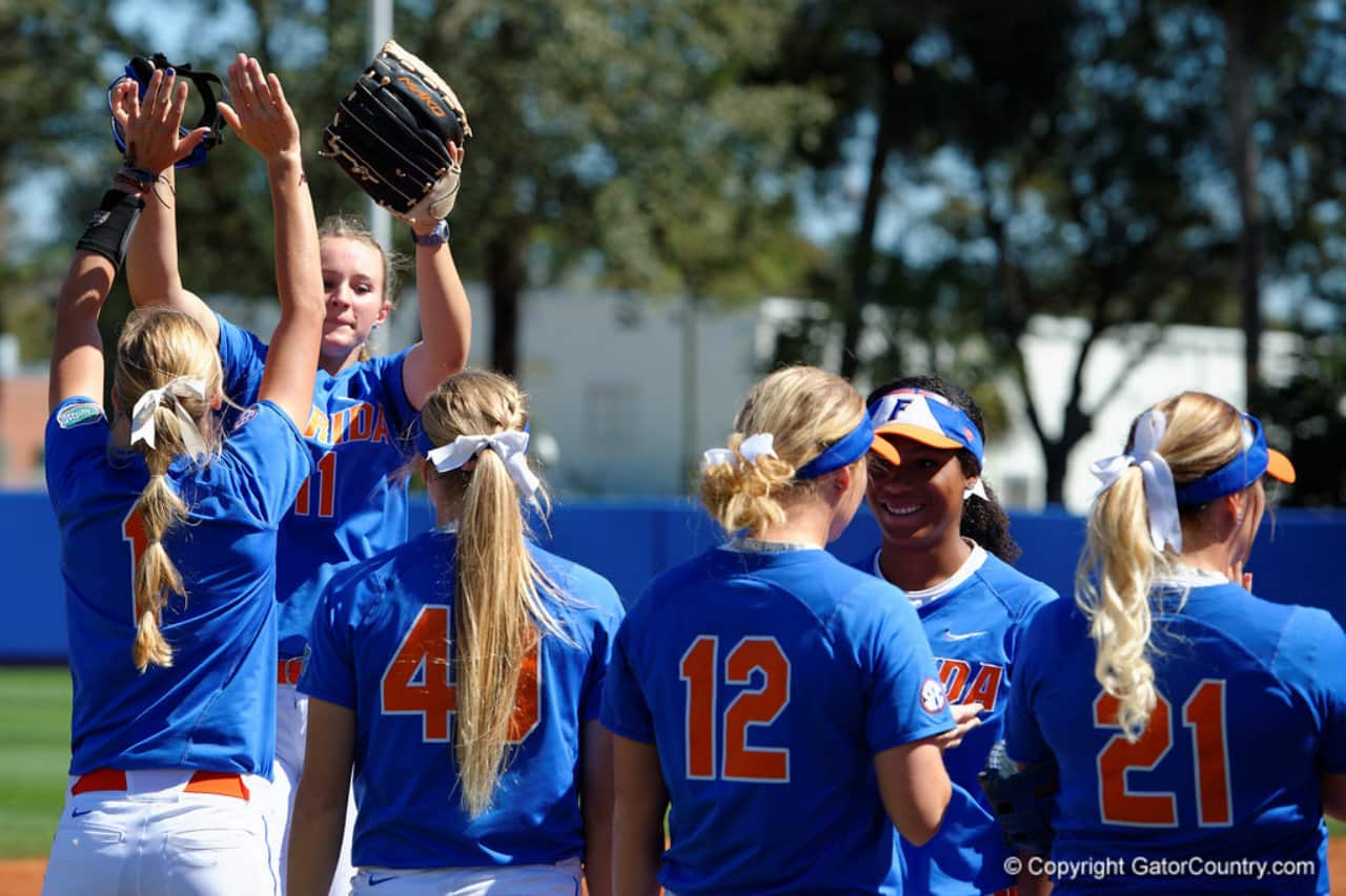 2016 Florida Gators softball team- 1280x853