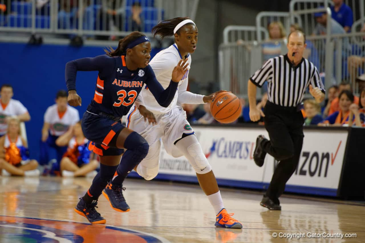 Florida Gators women's basketball player Ronni Williams- 1280x853
