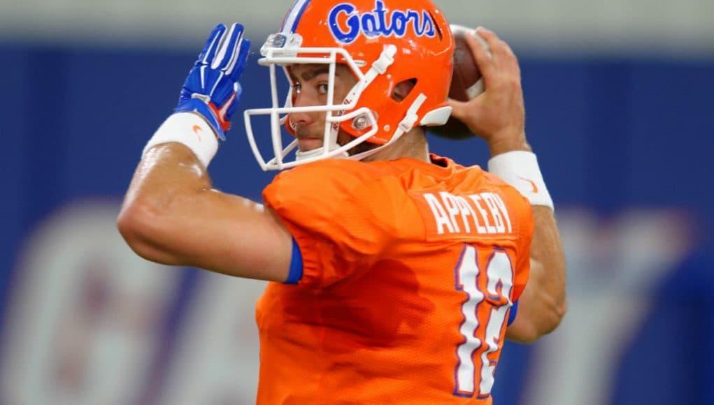 University of Florida graduate transfer quarterback Austin Appleby throws a pass during spring practice- Florida Gators football- 1280x852