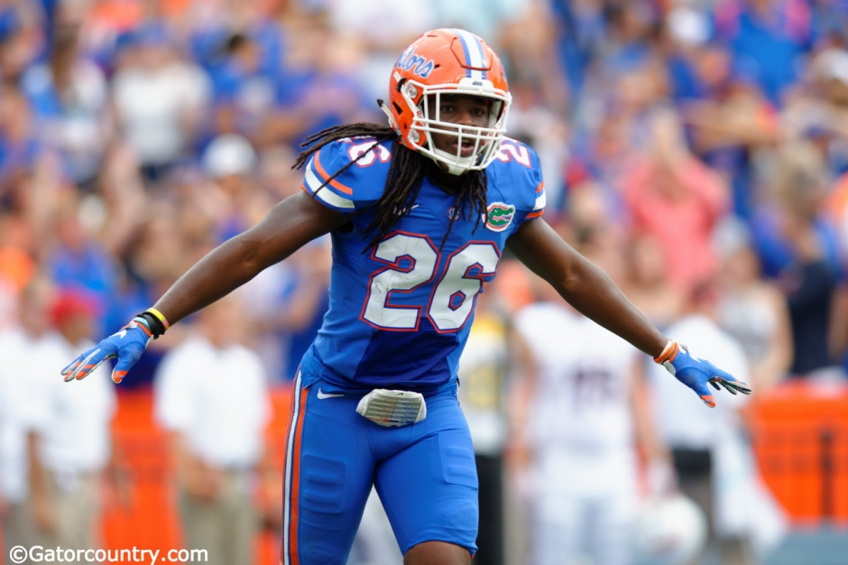 University of Florida safety Marcell Harris makes a call on defense against FAU- Florida Gators football- 1280x852
