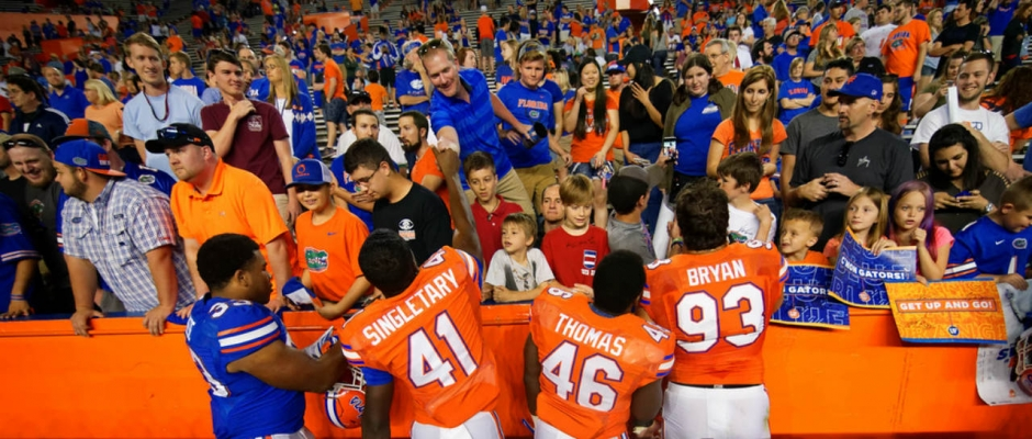 Friday night football brings excitement to the Florida Gators