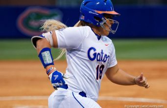 Florida Gators softball player Amanda Lorenz runs against Florida State- 1280x855
