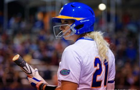 Florida Gators softball wins Aquafinal Invitational