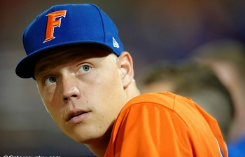 JJ Schwarz heats up as Florida Gators take series over Arkansas