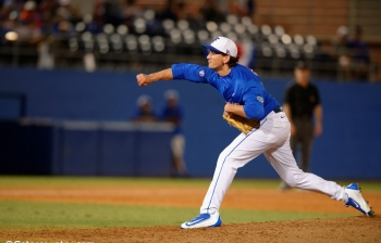 Florida Gators baseball takes down Jacksonville