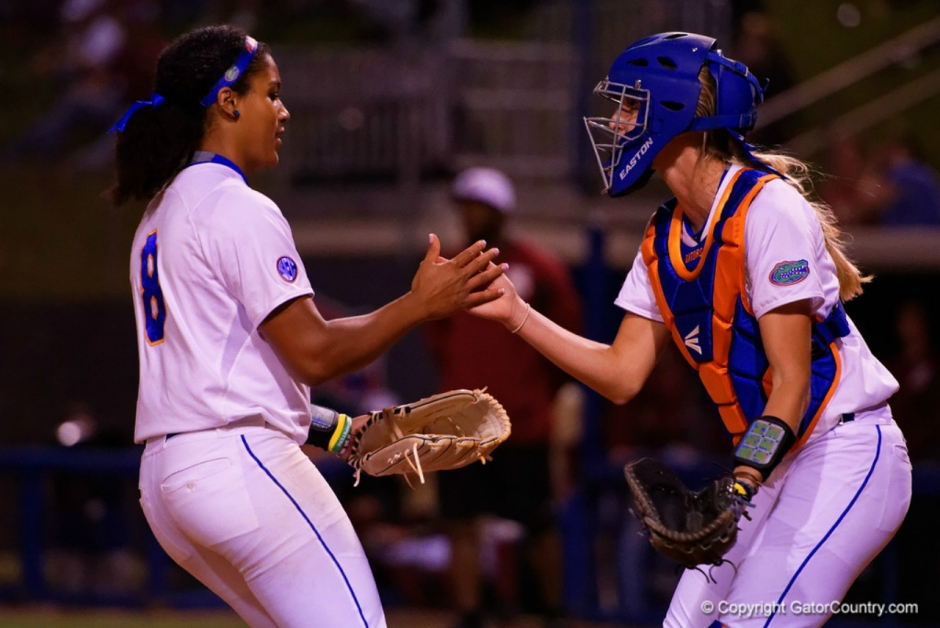 Florida Gators softball players Aleshia Ocasio and Aubree Munro in 2016- 1280x855