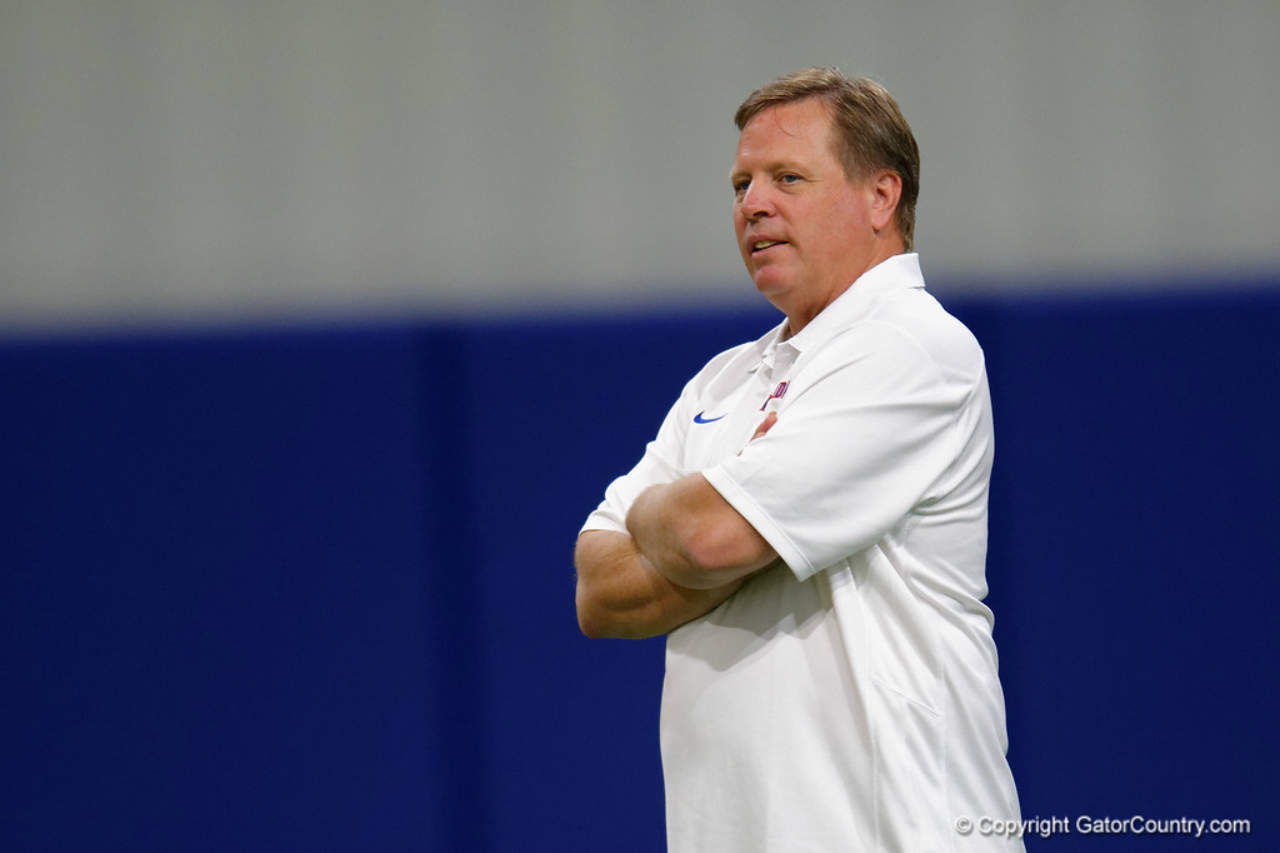Florida Gators head coach Jim McElwain watches over Gators camp- 1280x853