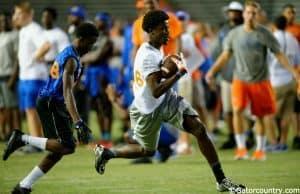 Florida Gators receiver target Jerry Jeudy catches a pass at Friday Night Lights- Florida Gators recruiting- 1280x852