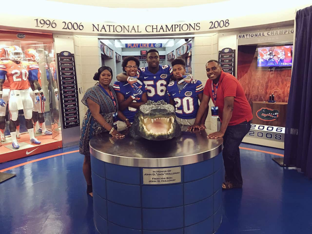 Defensive-tackle-fred-hansard-on-his-florida-gators-recruiting-trip
