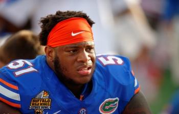 BREAKING: Florida Gators lineman suffers serious knee injury