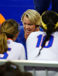 Florida Gators volleyball rolls past Central Michigan