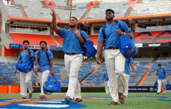 Gator walk photo gallery from North Texas game: Florida Gators