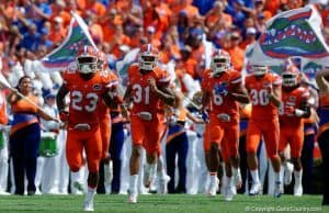 The Florida Gators take the field against Kentucky- 1280x853