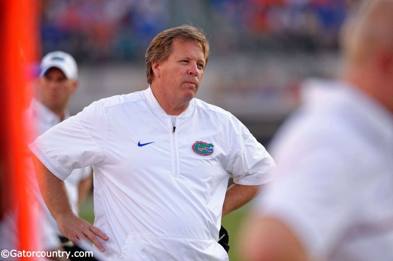 University of Florida head coach Jim McElwain reacts to a play during the Florida Gators 24-10 win over the Georgia Bulldogs- Florida Gators football- 1280x852