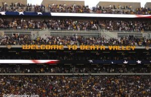 Tiger stadium during the Florida Gators-LSU Tigers game in 2015- Florida Gators football- 1280x850