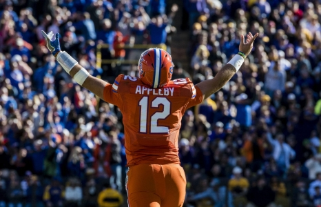 Florida Gators get lift from Appleby and Cleveland