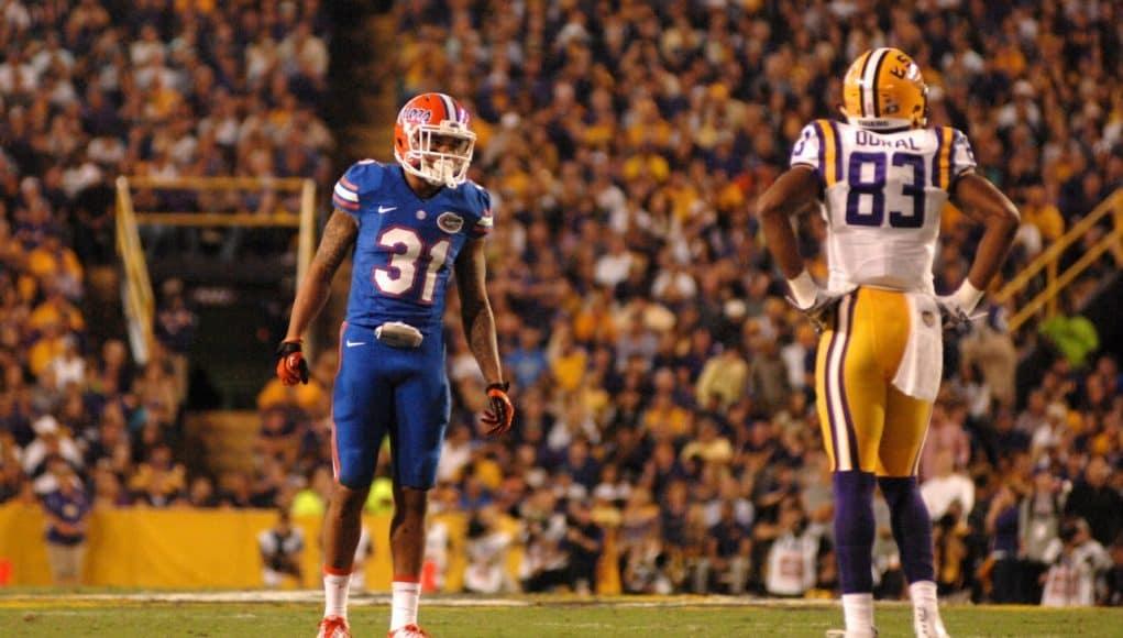 University of Florida cornerback Jalen Tabor lines up against LSU receiver Travin Dural in 2015- Florida Gators football- 1280x799