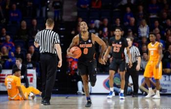 Florida Gators basketball rallies back to defeat Alabama