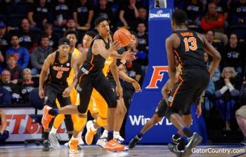Florida Gators basketball working to look ahead to Vanderbilt