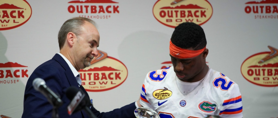 Florida Gators show off Outback Bowl rings