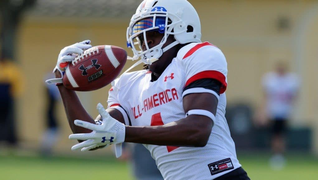 Florida Gators recruiting receiver target James Robinson makes a catch- 1280x853