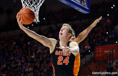 Strong second half pushes Florida Gators basketball by AU