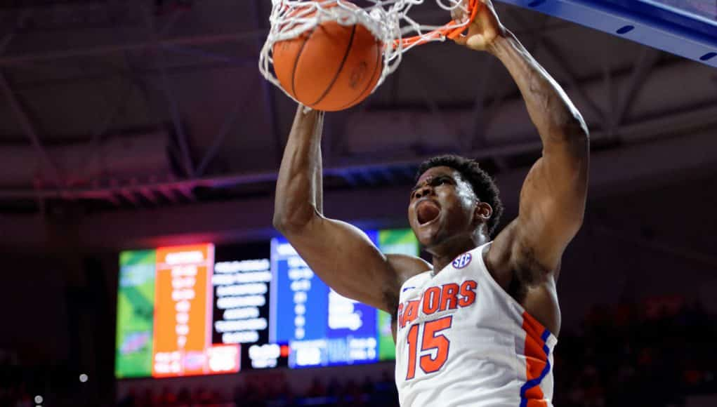 Florida Gators basketball player John Egbunu with the slam dunk against Kentucky- 1280x852