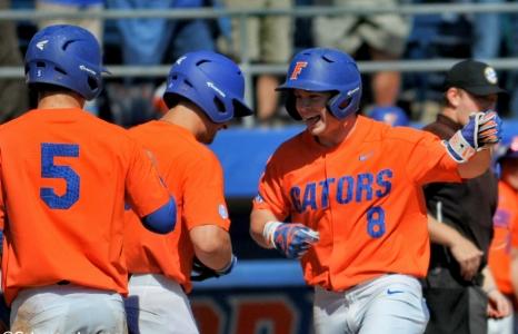 Bomb's away: Florida Gators sweep William & Mary