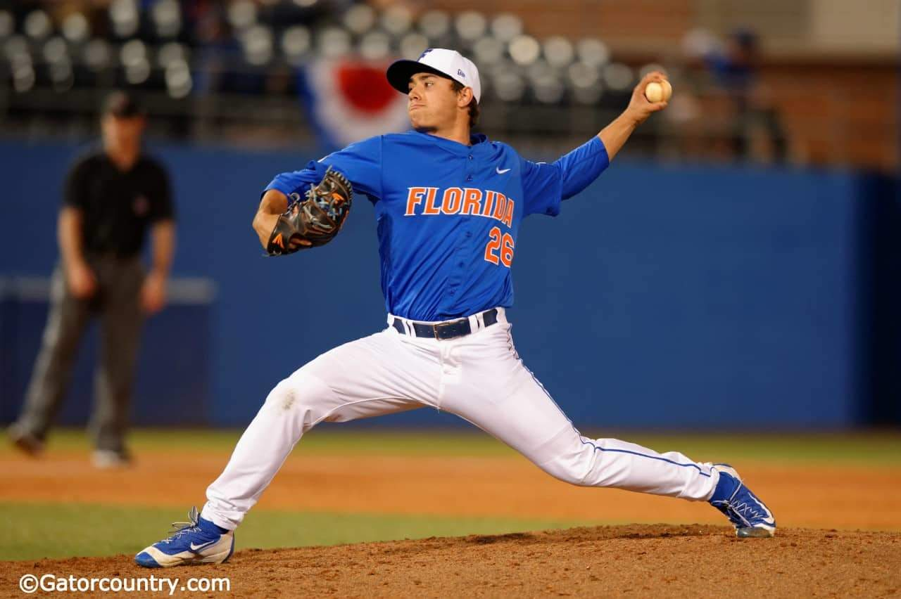 University of Florida pitcher/outfielder Nick Horvath throws against FGCU in 2016- Florida Gators baseball- 1280x852