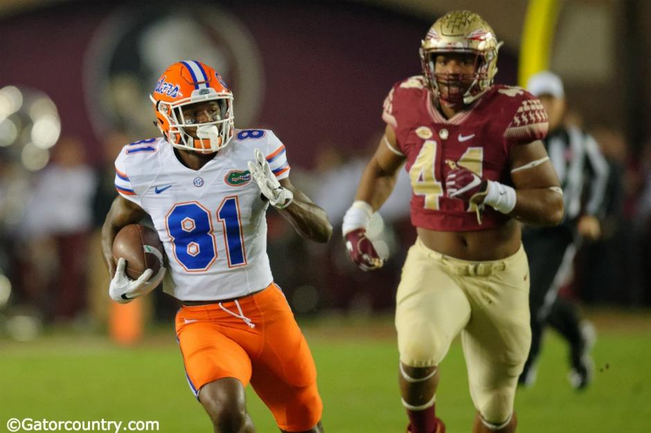 University of Florida receiver Antonio Callaway catches a pass against the FSU Seminoles in 2016- Florida Gators football- 1280x852