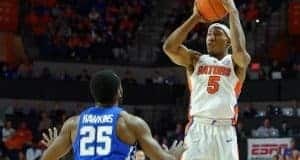 University of Florida sophomore guard KeVaughn Allen shoots a three against Kentucky- Florida Gators basketball- 1280x852