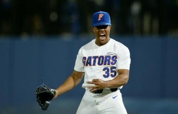 Florida Gators baseball blanks No. 1 Seminoles