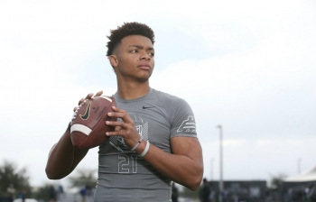 Details of Justin Fields' visit to the Florida Gators