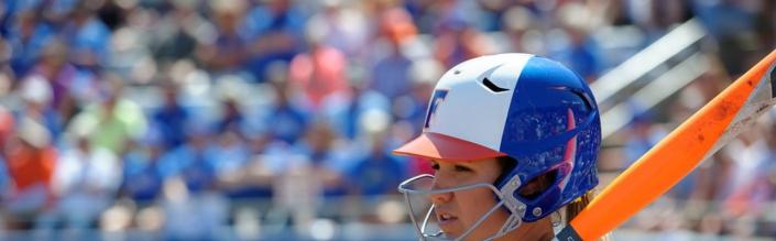 Seventh inning rally pushes Florida Gators softball past AU