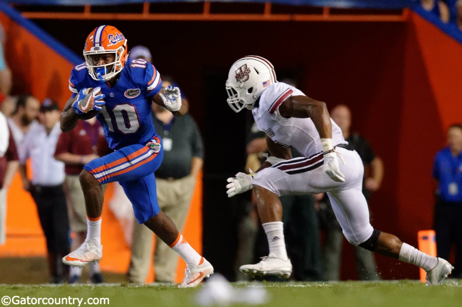 University of Florida receiver Josh Hammond makes his first career reception against UMass- Florida Gators football- 1280x852