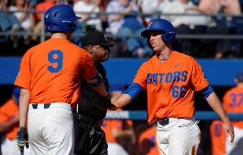 Florida Gators split doubleheader, take series over Seton Hall