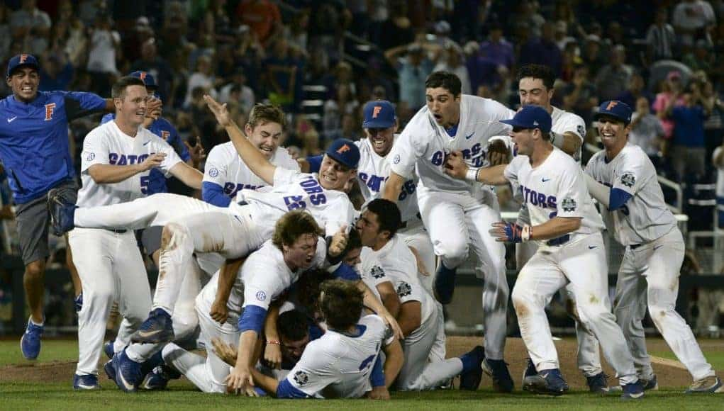 Florida Gators make a dogpile after winning national championship-1280x815