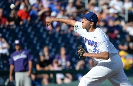 Florida Gators blank TCU to open College World Series run