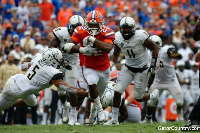Florida Gators running back Lamical Perine runs against Vanderbilt- 1280x852