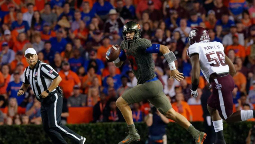 Florida Gators QB Feleipe Franks looks down field against Texas A&M-1280x852