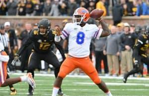 Florida Gators quarterback Malik Zaire throws against Missouri-1280x948