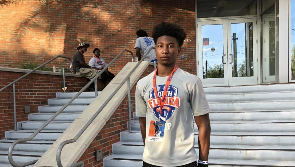 2020 defensive back Fred Davis at the Orange and Blue game 2018- 1280x960