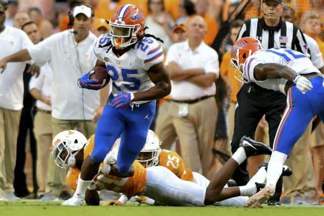 Florida Gators running back Jordan Scarlett runs against Tennessee-1280x853