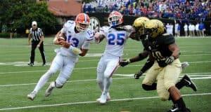 Florida Gators quarterback Feleipe Franks runs against Vanderbilt-1280x921