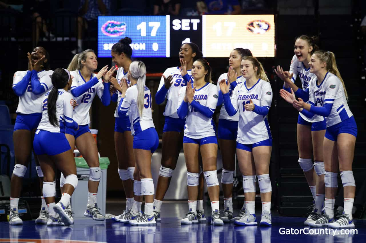 Florida Gators Volleyball Team Beats Fsu In Round 1 Of Ncaa Tournament Gatorcountry Com