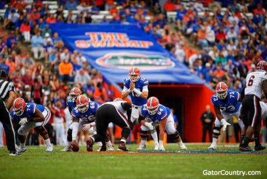 Florida Gators quarterback Feleipe Franks waits for the snap against South Carolina- 1280x853